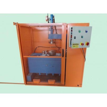 Frisadeira automática para calotas, anéis e tubos